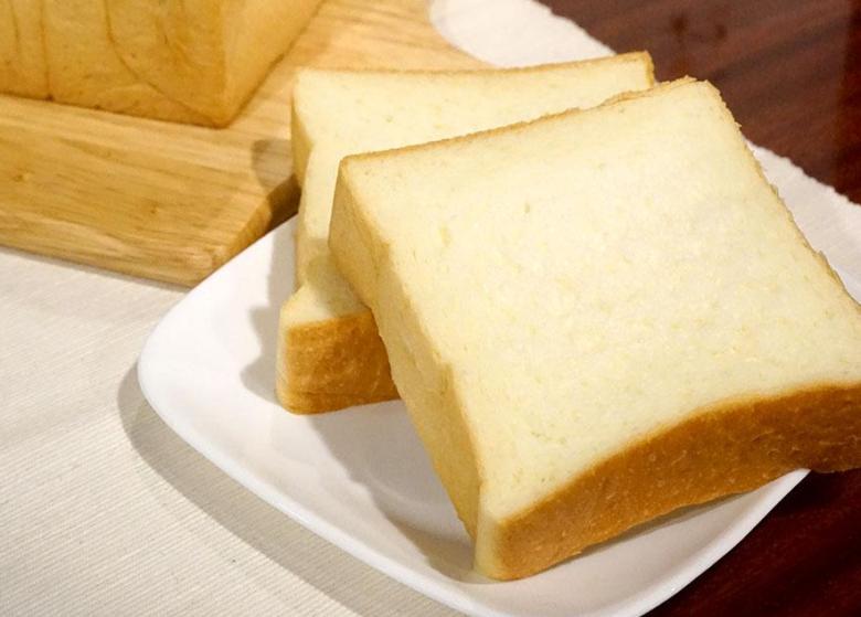 かわ 値段 にし 銀座 パン